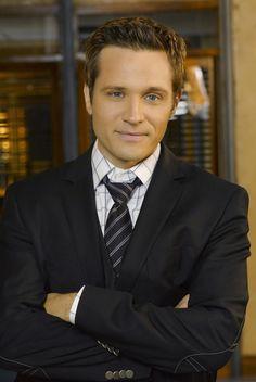 Seamus Dever AKA Detective Ryan from Castle