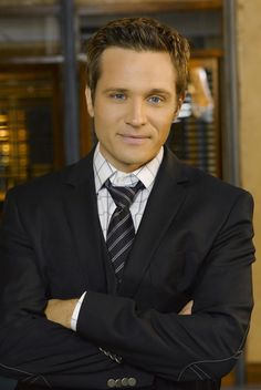 Seamus Dever AKA Detective Ryan from Castle