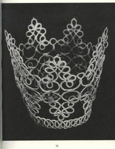 Tatting Patterns and designs - Frivolitera - Picasa Web Album Needle Tatting, Tatting Lace, Irish Crochet, Knit Crochet, Polly Polly, Diy And Crafts, Arts And Crafts, Tatting Jewelry, Tatting Patterns