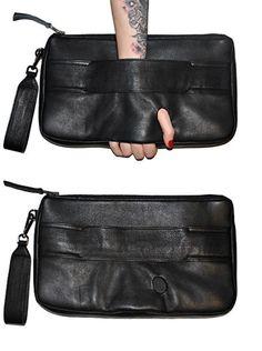 Bag Prada, Prada Clutch, Clutch Purse, Crossbody Bag, Fashion Bags, Fashion Handbags, Trendy Handbags, Net Fashion, India Fashion