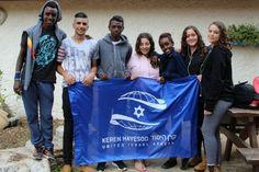 À la veille des fêtes de Tichri, permettez-moi de vous souhaiter bonne année 5778 à vous et àtous ceux qui vous sont chers. Roch Hachana nous rapproche aussi de la grande famille du peuple juif. Au nom de cette familleélargie, le Keren Hayessod se tourne cette année encore vers les enfants d'Israël.En effet, malgré les …
