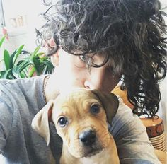 Matty Healy with little baby Allen! He's grown so much!