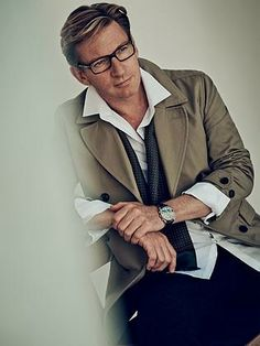 David Wenham posing in Witchery white shirts to raise funds for ovarian cancer.