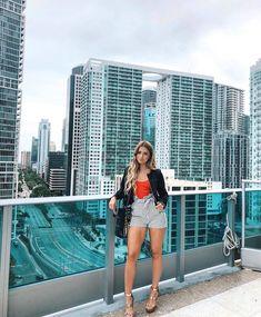Boca Chita Key Near Miami Is A Bucket List Location With Hidden Beaches & A Lighthouse - Narcity Miami Pictures, Miami Photos, Beach Pictures, South Beach Miami, Miami Florida, Spring Break Miami, Brickell Miami, Miami Springs, Miami Orlando