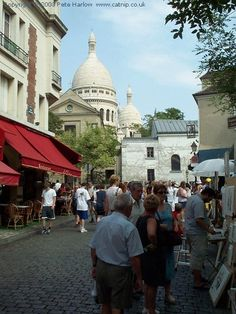 want to visit Montmartre