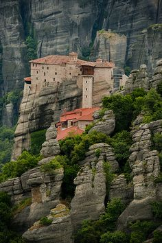 Meteora is one of the largest and most important complexes of Greek Orthodox monasteries in Greece.  The nearest town is Kalambaka.  The Meteora is an UNESCO World Heritage Site since 1988.  Photo: flickr.com/photos/jaanausa