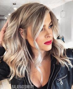 113 Fantastic Brunette Balayage Hair Color Ideas to Look Amazing – Hair – Hair is craft Hair Color Balayage, Fall Blonde Hair Color, Thick Blonde Hair, Beige Blonde Balayage, Make Up Blonde Hair, Makeup For Blonde Hair, Long Blonde Bobs, Thick Blonde Highlights, Balayage Long Bob