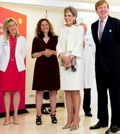 King Willem-Alexander and Queen Maxima of The Netherlands visits Rehabilitation Institute Chicago in Chicago. United States, 3 June 2015. (In the presence of King Willem-Alexander and Queen Maxima, a Memorandum of Understanding was signed in the United States today between IMDI NeuroControl, in which TU Delft is the coordinating university, and the Rehabilitation Institute of Chicago (RIC), confirming the two parties' collaboration in neurorehabilitation research)