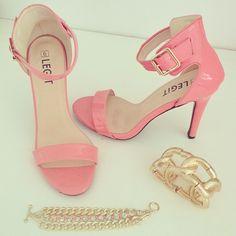 Legit clothing store shoes