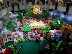 The Balloon Safari, 1st Avenue Mall