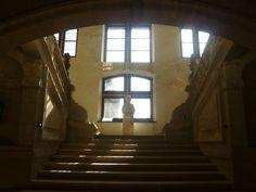 Le Château de Hautefort - L'escalier d'honneur.