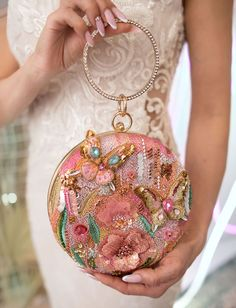 Couture Embroidery, Embroidery Bags, Bead Embroidery Jewelry, Beaded Embroidery, Beaded Purses, Beaded Bags, Fashion Bags, Fashion Accessories, Lesage