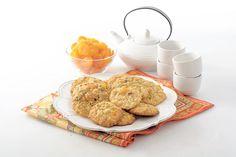 BISCUITS AUX ABRICOTS SECS Des vrais bons biscuits avec l'apport délicieux des abricots secs. On en veut tous les jours!