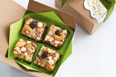 Chocolate Toffee Hello Dollies—Trust us, these easy-to-make squares will be the hit of your holiday parties and family gatherings. Wrap them in cute little boxes and hand them out as hostess gifts at all of your festive get-togethers. Family Vegetarian Meals, Vegetarian Recipes Easy, Cooking Recipes, Bread Recipes, Yummy Recipes, Recipies, Brownie Recipes, Dessert Recipes, Desserts
