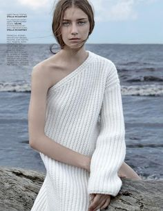 charlottehannahcasey: First Snow Vogue Russia