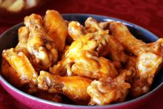 Deep fried chicken wings can be a delicious appetizer, lunch or dinner alternative. Learn how to fry chicken in the Fry Daddy type fryer here. Chicken Wings Spicy, Chicken Wing Recipes, Roast Chicken, Healthy Superbowl Snacks, Steamer Recipes, Buffalo Wings, Football Food, Yummy Appetizers, How To Cook Chicken