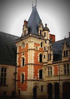 Flamboyant tower by chrysilla.deviantart.com on @deviantART