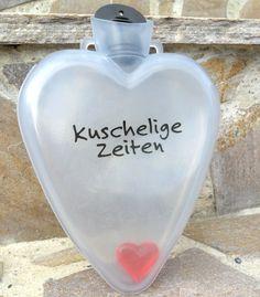 """Herzflasche """"Kuschelige Zeiten""""  Details:      mit rotem Herz innen geprägtes Herzmuster auf der Rückseite Text vorne """"kuschelige Zeiten"""" Größe: ca. 16x13x2,5 cm  Ihrer Fantasie sind keine Grenzen gesetzt – Sie können die Flasche befüllen womit Sie möchten!  Geeignet auch als Wärmflasche. Made in Germany #Geschenkidee #Geschenk #Herz #heart #Valentinstag #Muttertag #Vatertag #Geburstag #Hochzeit #Freundschaft #Gastgeschenk #Wärmflasche #Jahrestag #Weihnachten #Liebe #Love #onlineshop… Joy Shop, Fathers Day, Perfume Bottles, Gift Ideas, Gifts, Jewelry, Father's Day, Heart Patterns, Anniversary"""
