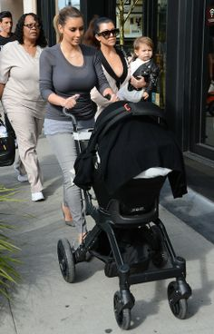 Kourtney Kardashian – Lunch with Kim Kardashian, Penelope Disick, and North West
