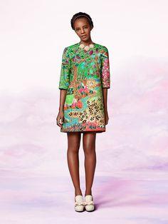 Simply chic - Vlisco V-InspiredVlisco V-Inspired African Print Dresses, African Wear, African Women, African Dress, African Prints, African Style, Ankara Dress, African Attire, African Print Fashion