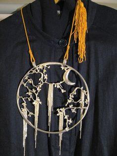 J.P. GAULTIER - collier pendentif 'Asiatique' 'OMBRE CHINOISE' - prototype de défilé