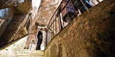 #Tullianum, il nome originale del più antico carcere di #Roma.  #Tullianum, the original name of #Rome's oldest prison. www.operaromanapellegrinaggi.org