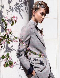 Júlia Jamin | Allure US Agosto 2016 | Editoriais - Revistas de Moda