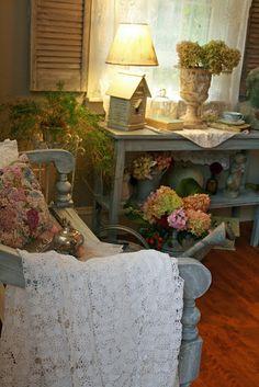 i love this garden room theme . . .