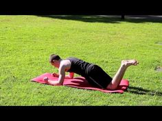 Video: How To Do - The Abdominal Brace (Plank) - bnatural