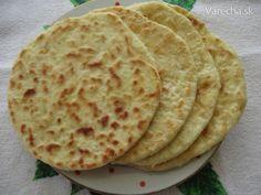 Posúchy plnené syrom (fotorecept) Russian Recipes, Kefir, Recipies, Menu, Bread, Ethnic Recipes, Food, Basket, Recipes