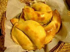 Empanadas argentinas  jamon, queso y champiñones