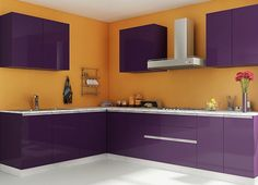 Customize your kitchen interiors and get a dream modular kitchen specially designed for Indian homes. Browse the latest modular kitchens designs in India. Modular Kitchen Indian, L Shaped Modular Kitchen, L Shaped Kitchen, Indian Kitchen, Modern Kitchen Design, Interior Design Kitchen, Kitchen Decor, Kitchen Designs, Kitchen Ideas