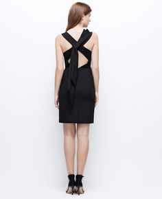 Bow Back Dress - Designed in alluring stretch fabric, this party-perfect dress is topped with a dramatic back bow for an unforgettable exit. Bow Back Dresses, Girls Dresses, Dresses For Work, Ann Taylor, Back Dress Design, Effortless Chic, Jumper Dress, Classy Dress, Haute Couture