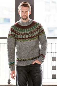 Inspired by the fifties: the pullover knit in gray tweed yarn, sports a Norwegian pattern yoke and mock turtleneck. Fair Isle Knitting Patterns, Sweater Knitting Patterns, Knitting Designs, Mens Knit Sweater Pattern, Men Sweater, Pull Jacquard, Nordic Sweater, Icelandic Sweaters, Pullover Sweaters