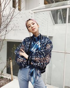 Ready to rock my Monday Irene Kim, High Fashion, Womens Fashion, Role Models, Korean Girl, Style Icons, Supermodels, Ruffle Blouse, Cute