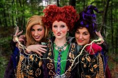 This Sanderson Sisters costume is SO good.