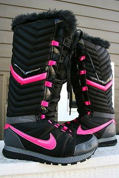 Used NIKE Womens Black SUEDE Winter Boots w/ Reflective Strips ...