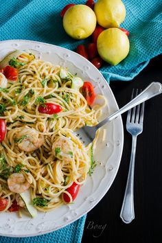 Garlic Prawn Spaghetti with Lemon, Zucchini and Cherry Tomatoes by thegastronomicbong #Pasta #Shrimp #Lemon #Zucchini #Cherry_Tomato