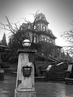 Phantom Manor, Disneyland, Paris, if you live in Nevada, this should look pretty familiar