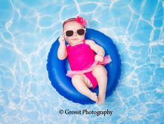 Pool Water Photography Backdrop / Summer Pool / Water Ripple Perfect For Baby, Kids Photo Background (FD6018) de FabDrops en Etsy https://www.etsy.com/es/listing/196393930/pool-water-photography-backdrop-summer