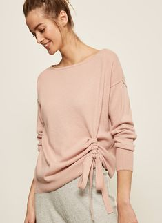 Get ready to embrace the Scandinavian art of hygge with our indulgent collection of loungewear, athleisure, nightwear and accessories for you and your home. Moda Outfits, Loungewear Outfits, Fashion Details, Fashion Design, Neutral Outfit, Minimal Fashion, Clothing Items, Nightwear, Casual Wear