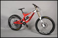 ate-onde-deu-pra-ir-de-bicicleta-downhill-transition-bikes-tr450-2010