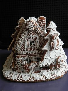 just white frosting. Gingerbread House Kits, Gingerbread Man, Winter Holidays, Christmas Holidays, White Frosting, Vintage Cookies, Christmas Desserts, Tis The Season, Fancy