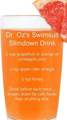 A simple detox smoothie recipe you can make at home. It's Dr. Oz's swims… A simple detox smoothie recipe you can make at home. It's Dr. Oz's swimsuit slim down drink! Healthy Detox, Healthy Tips, Healthy Choices, Diet Detox, Healthy Weight, Detox Week, Vegan Detox, Healthy Water, Detox Foods