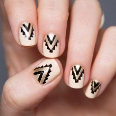 Unique and Creative Geometric Nail Designs For You. If you are looking for nail art designs and are still undecided then you are in the right place. We have put together unique ve beautiful geometric nail designs for you. Love Nails, Get Nails, Pretty Nails, Hair And Nails, Fall Nails, Aztec Nail Designs, Cool Nail Designs, Pretty Designs, Check Designs