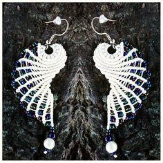 macrame wings earrings by wattsknots Macrame Art, Macrame Knots, Macrame Jewelry, Wire Jewelry, Handmade Jewelry, Wing Earrings, Beaded Earrings, Crochet Earrings, Crochet Buttons