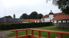 Langholt, hovedgård 16 km nordøst for Aalborg