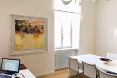 In the Office with #enzoarchetti  100x100  . . . . . . . . . . ................ #fluidofiume #design #dream #desire #office #italianart #italiangallery #it #art #artist #artist #oiloncanvas #painting #triestesocial #trieste #colors #contemporaryart #