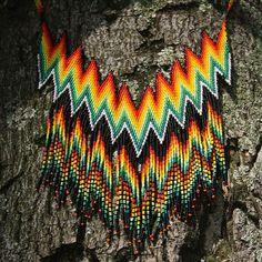 Los colores son la sonrisa de la naturaleza... #artesanosindigenas #emberachami #arteindigena Yolo, Beadwork, Jewelry, Instagram, Necklaces, Beads, Crafts, Accessories, Schmuck