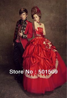 mens/ womens red medieval dress Renaissance costume Victorian Gothic Lol/Marie Antoinette/civil war/Colonial Belle Ball-in Costumes from App...